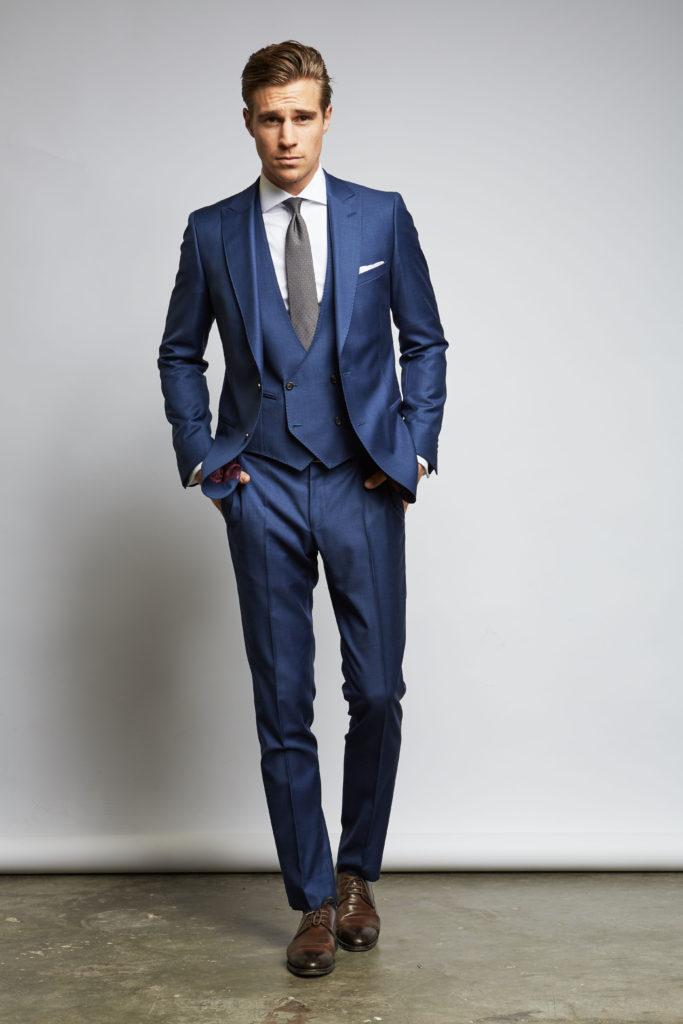 мужской костюм Бриони