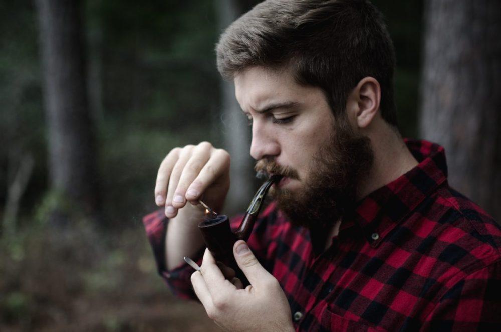 Появляются ли прыщи от курения