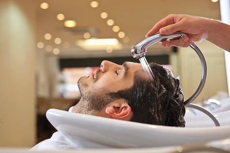 malegrooming.ru мытье головы при  повышенной жирности