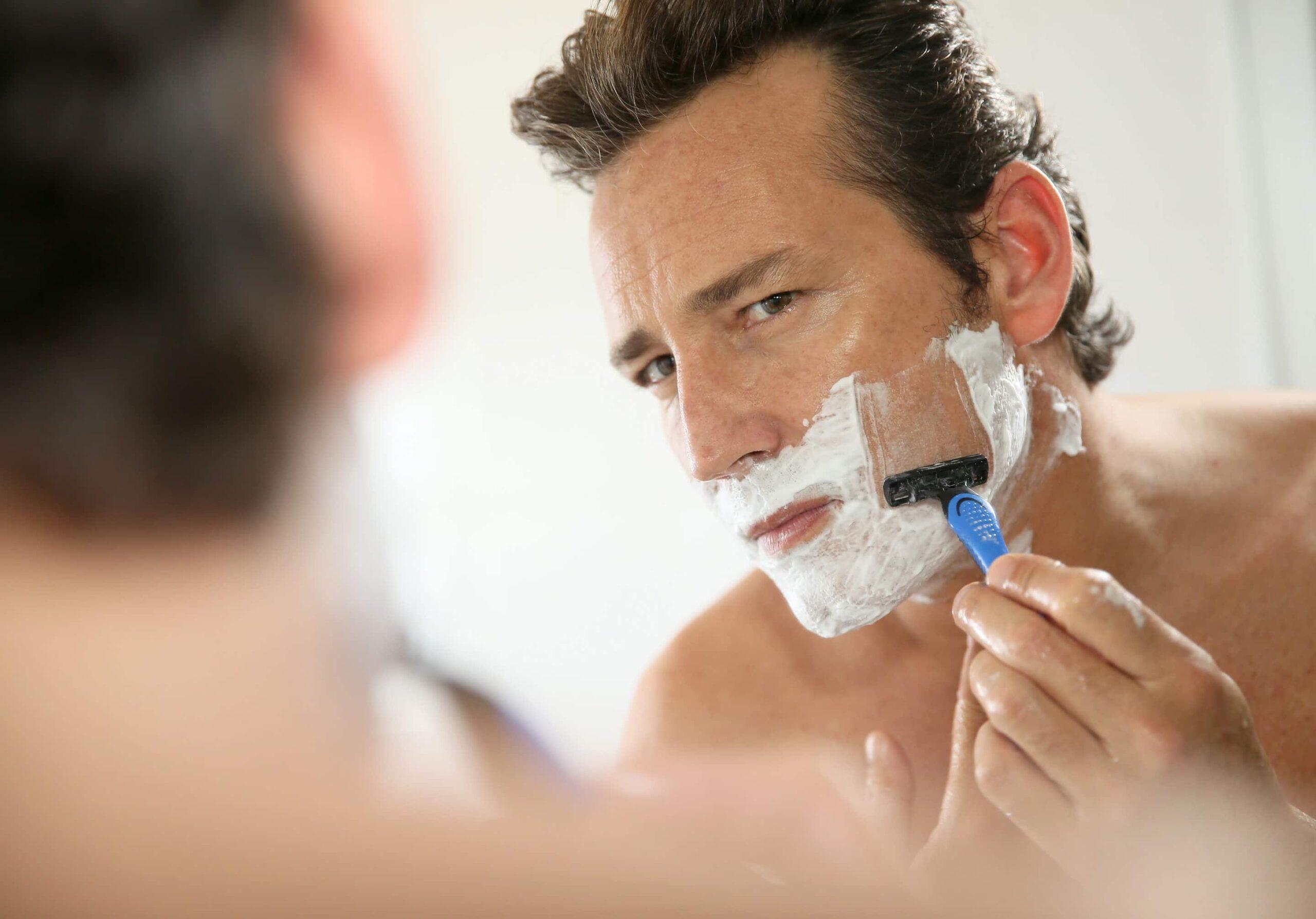 Как избавиться от вросших волос после бритья