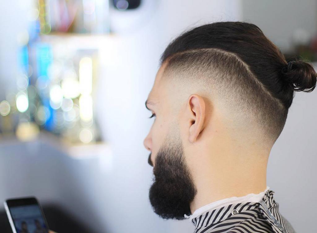 Как сделать пучок с короткими волосами