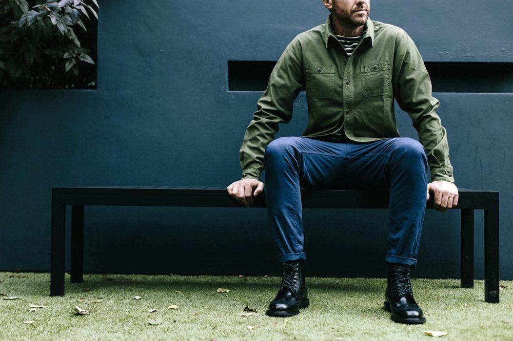 С чем носить мужские брюки Чинос