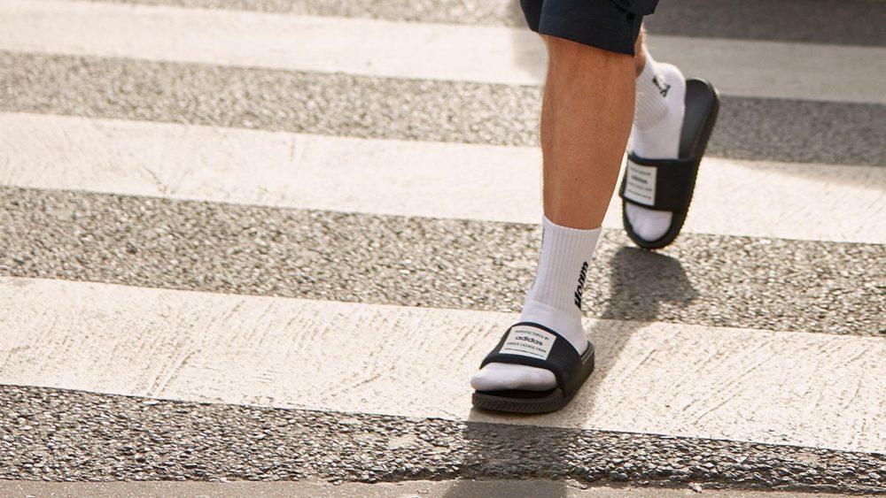 Как носить носки с сандалиями