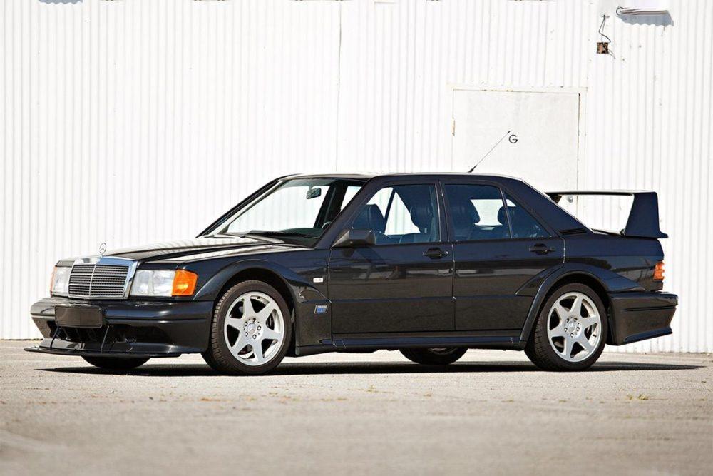 Mercedes-Benz 190E 2.5-16 Evolution II - часть истории DTM 90-х за 200 тысяч долларов. Эта коллекционная классика - номер 105 из 500 построенных