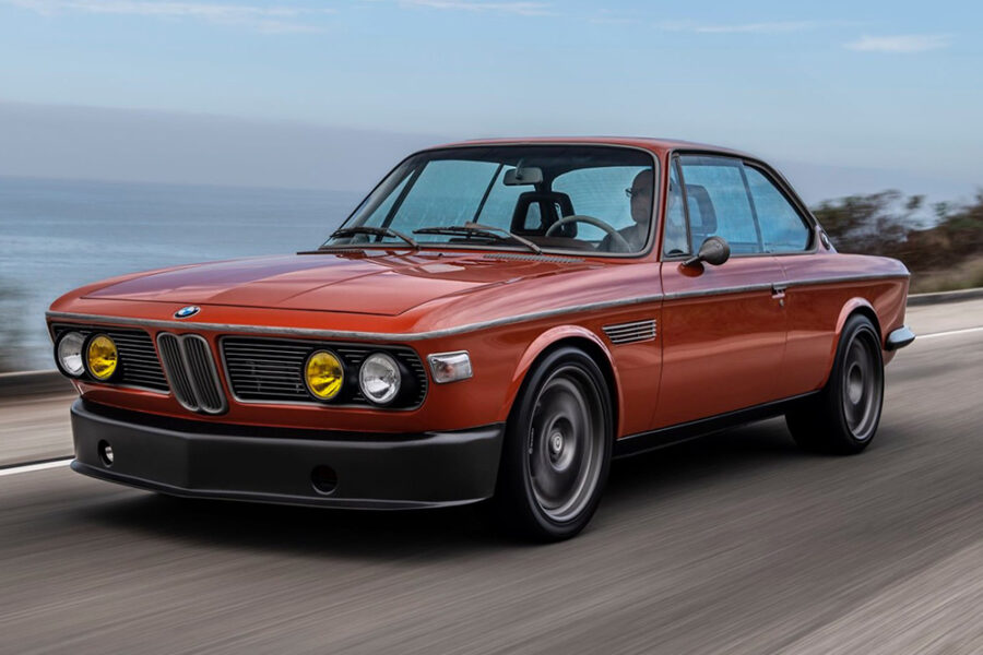 Custom Speedkore построенный на базе BMW 3.0 CS 1974 года для Роберта Дауни-младшего