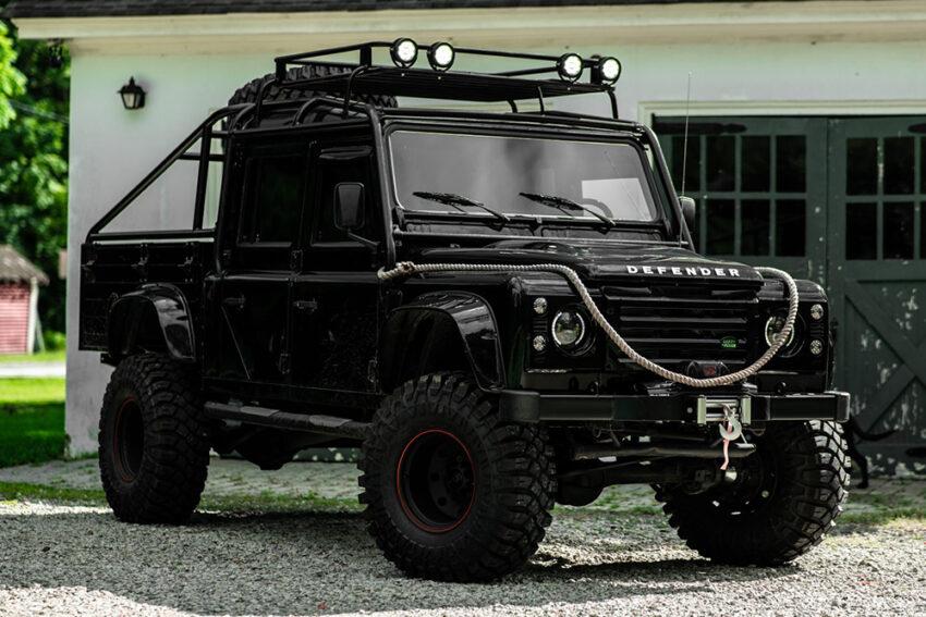 Аукционный экземпляр Land Rover Defender 130 1993 г.