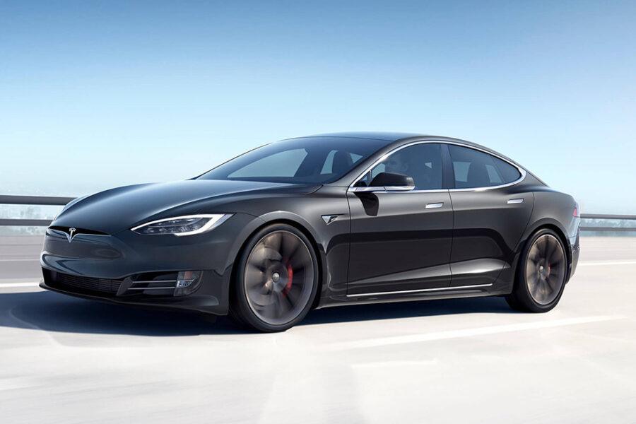 Tesla Model S Plaid мощностью 1100 л.с. Является самым быстрым серийным элетромобилем в мире