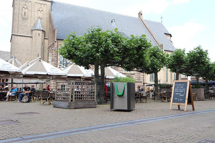 Для сохранения чистоты в Амстердаме, GreenPee разработал писсуар с поглощением запаха