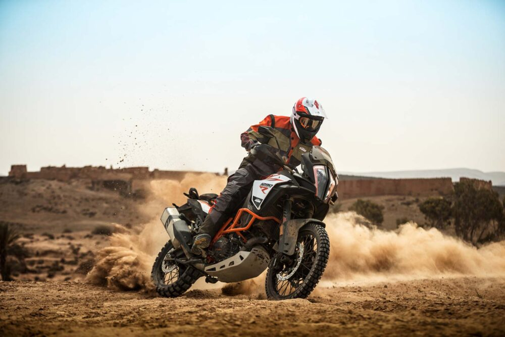 Выбор туристического эндуро мотоцикла для путешествий. Топ - 7