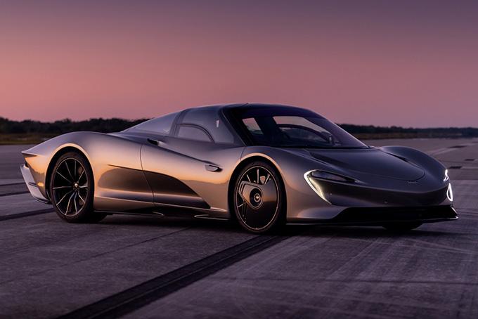 McLaren Speed Tail (1,035 л.с.)