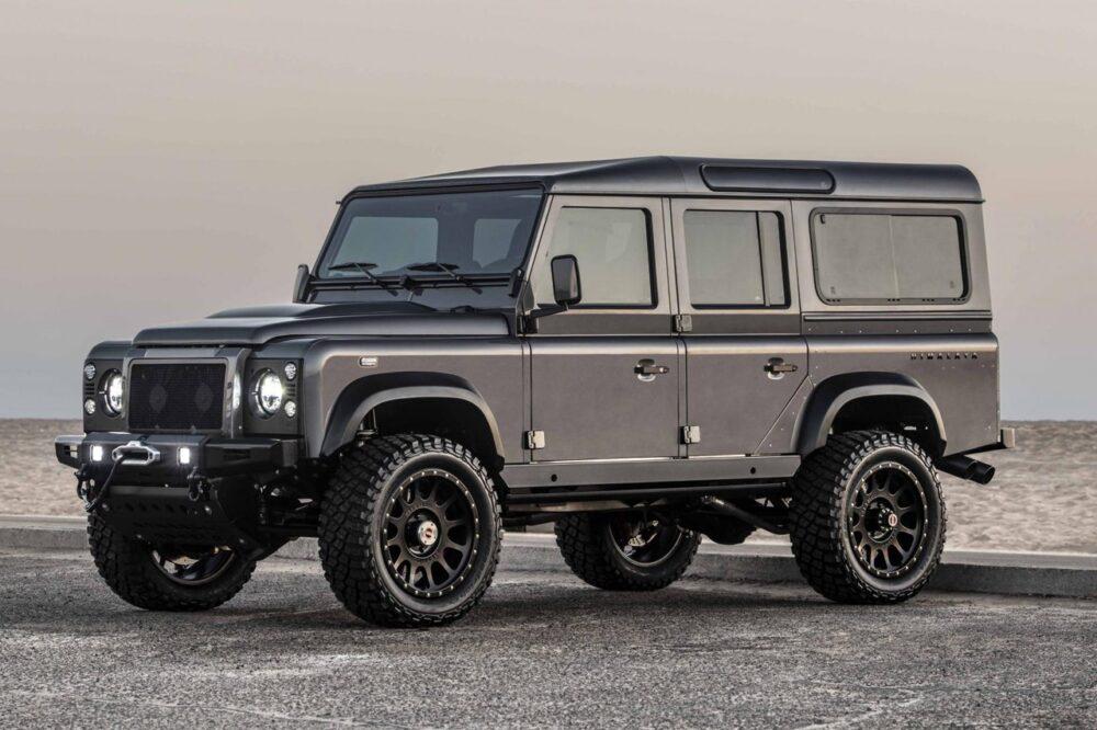 Компания Himalaya создала Land Rover Defender серии Summit мощностью 650 л.с.