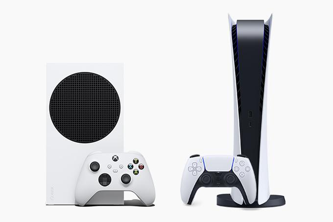 Альтернативные версии PS5 Digital против Series S